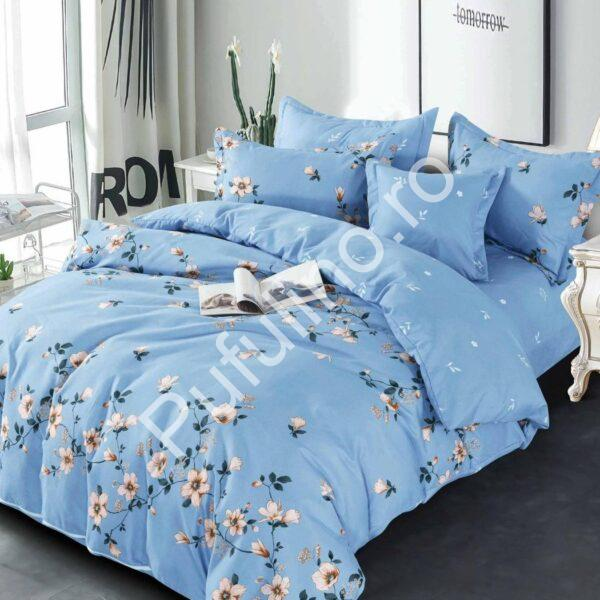 lenjerie bleu cu flori albe