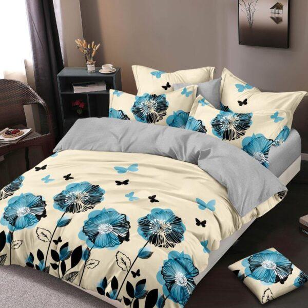 lenjerie crem cu flori albastre