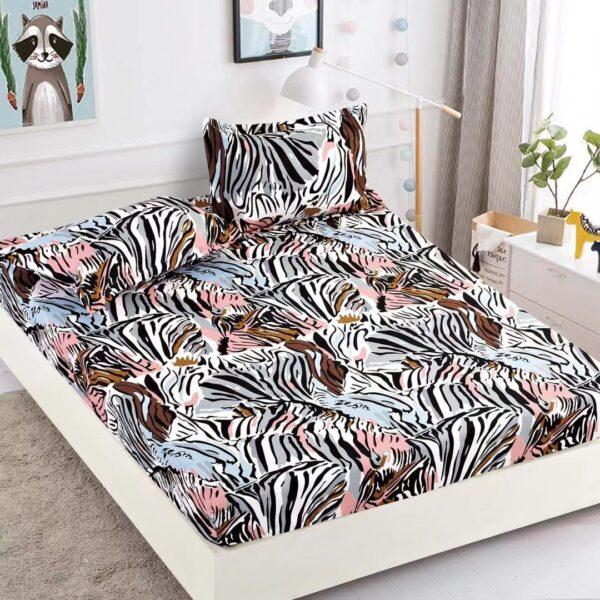 husa de pat cu elastic model zebra