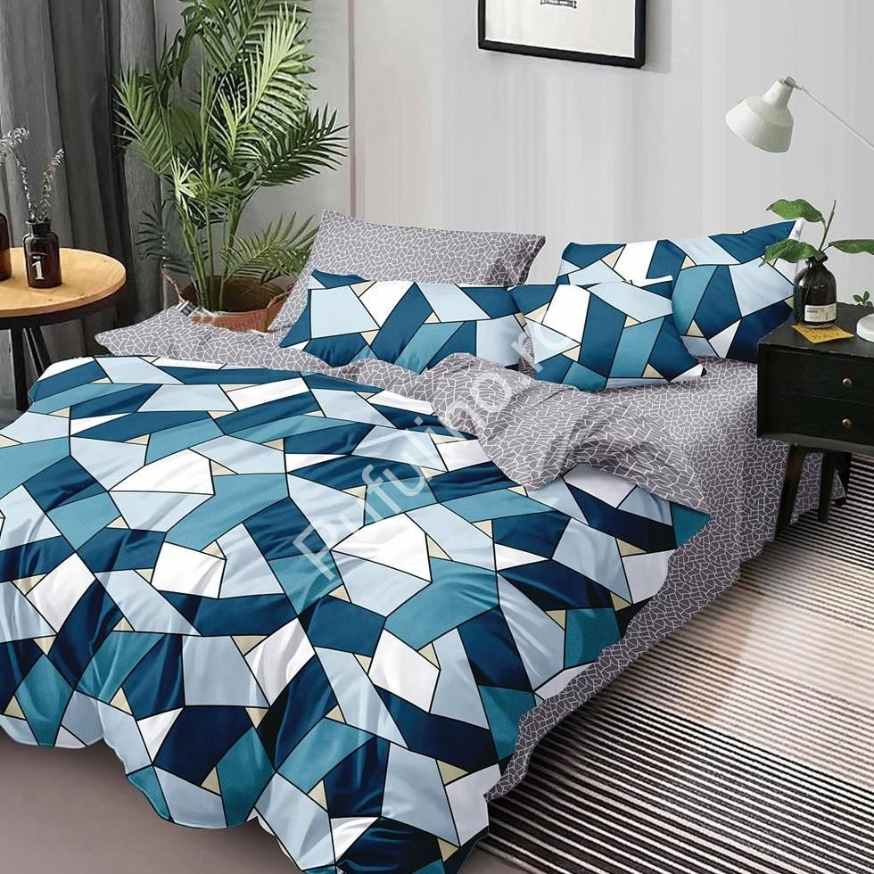 lenjerie albastra cu forme geometrice
