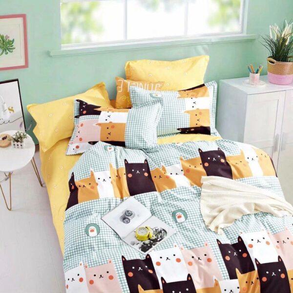 lenjerie cu pisicute colorate