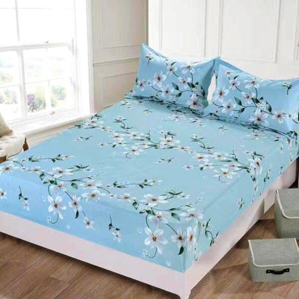husa de pat bleu cu elastic si flori