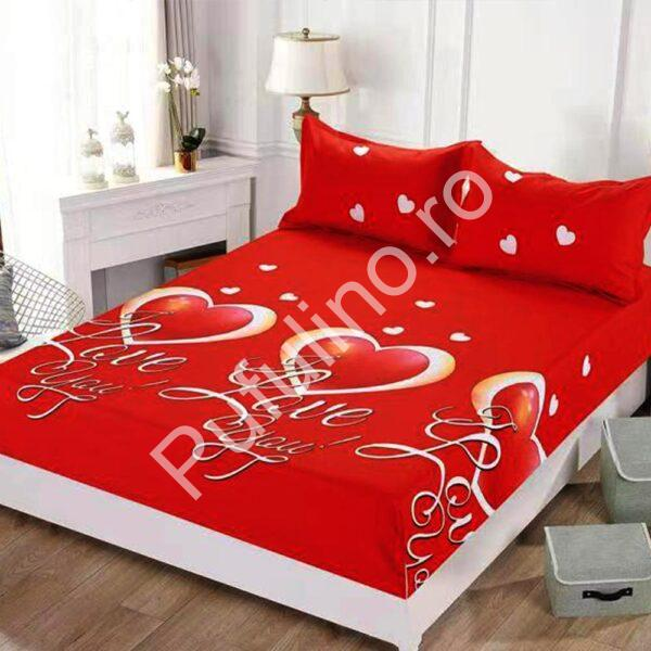 husa de pat rosie cu elastic si inimioare