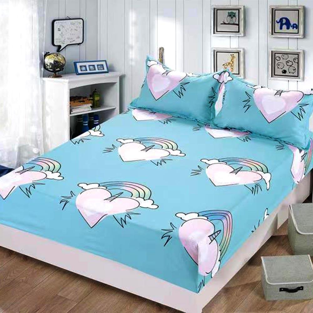 husa de pat albastra cu inimioare