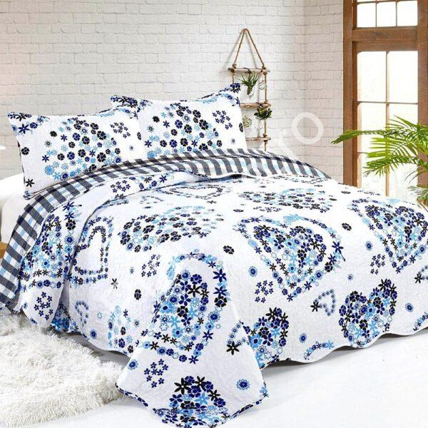 cuvertura de pat alba cu albastru