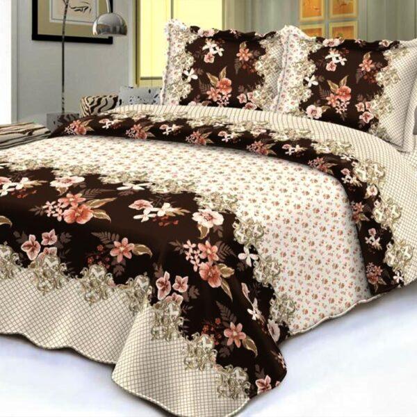 Cuvertura de pat bej cu flori maro