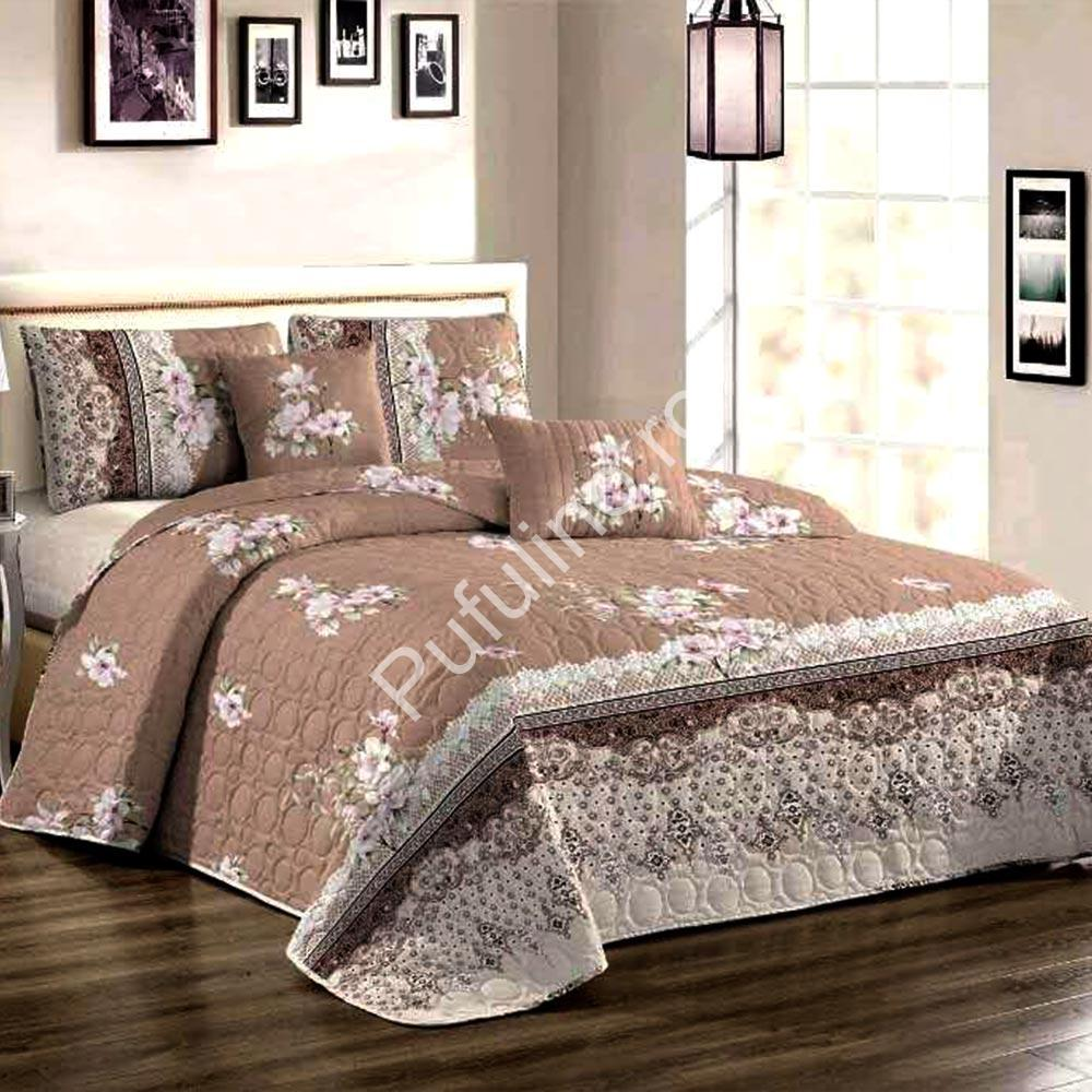 Cuvertura de pat cu flori