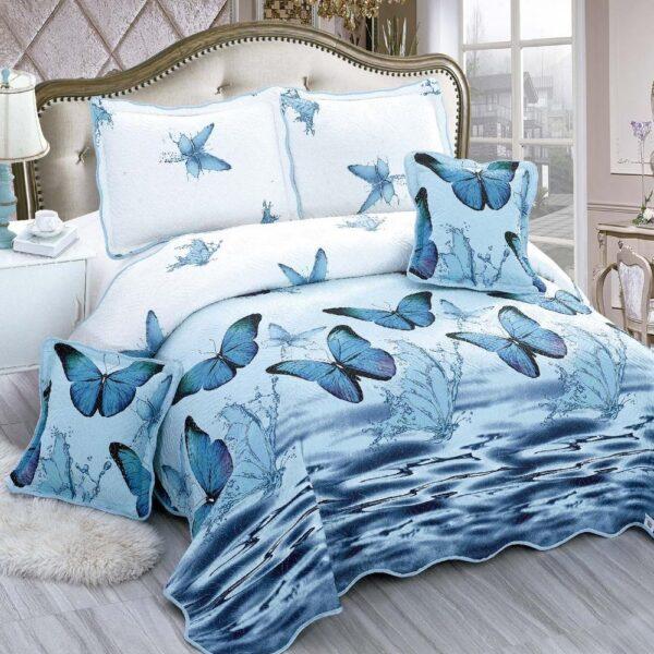 cuvertura albastra cu fluturi