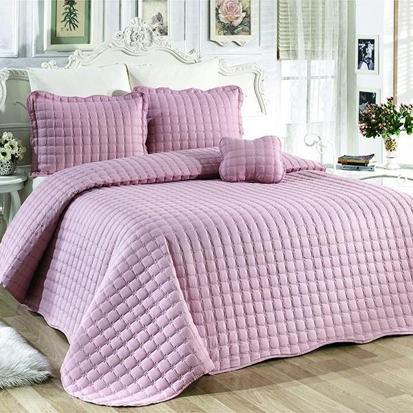 cuvertura brodata roz