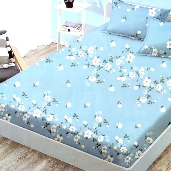 husa de pat finet cu elastic bleu cu flori albe