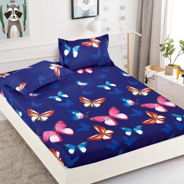 husa albastra cu fluturi colorati