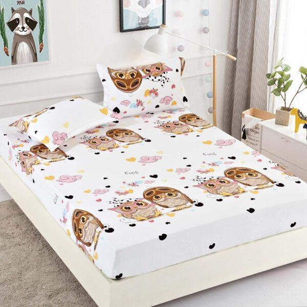 husa de pat alba cu bufnite