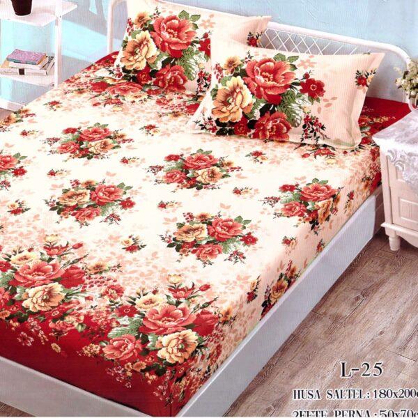 husa de pat finet si 2 fete de perna crem cu rosu