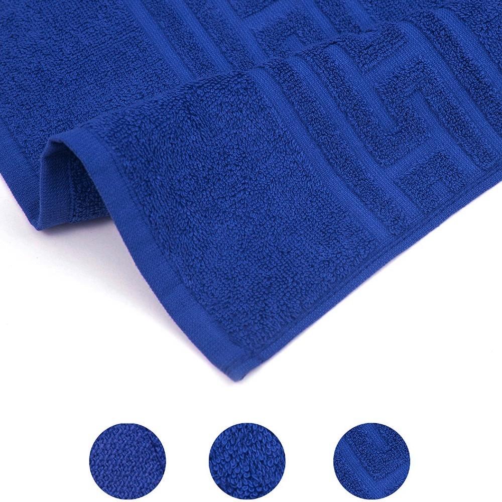 prosop grecesc albastru-bleumarin de aproape