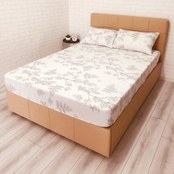 husa de pat cu elastic din bumbac ranforce alba cu crengute