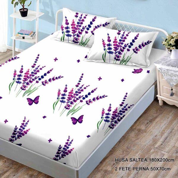 husa de pat finet si 2 fete de perna alba cu flori mov