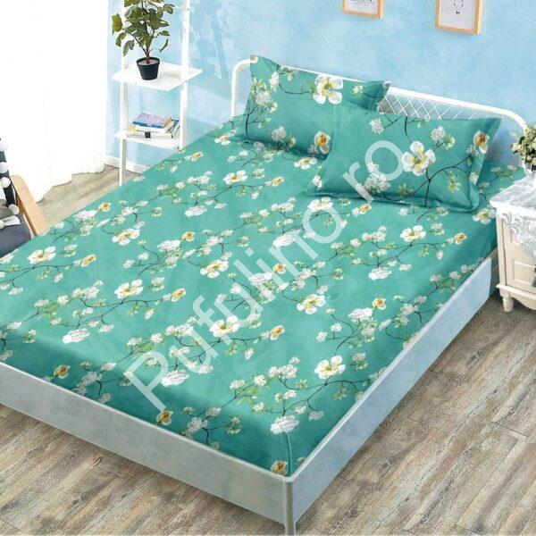 husa de pat cu elastic turcoaz cu floricele