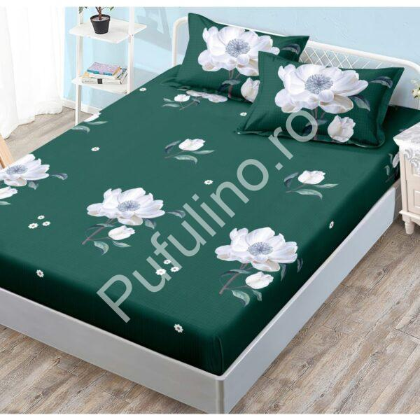 husa verde cu flori albe