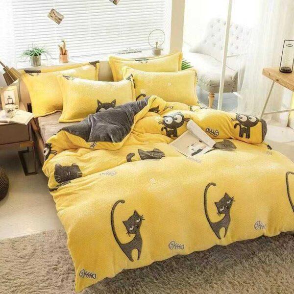 lenjerie cocolino galbena cu pisicute