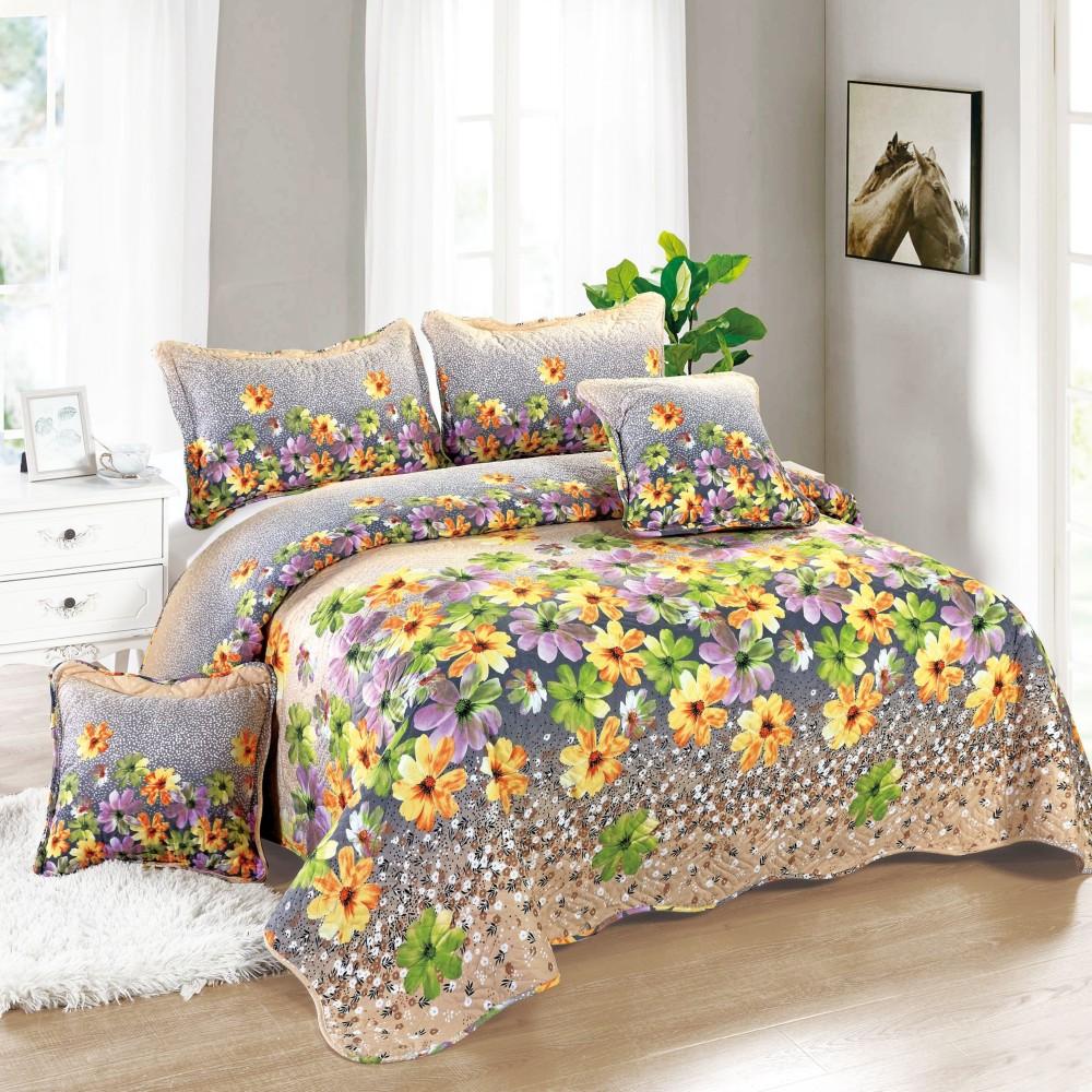 cuvertura crem cu flori colorate