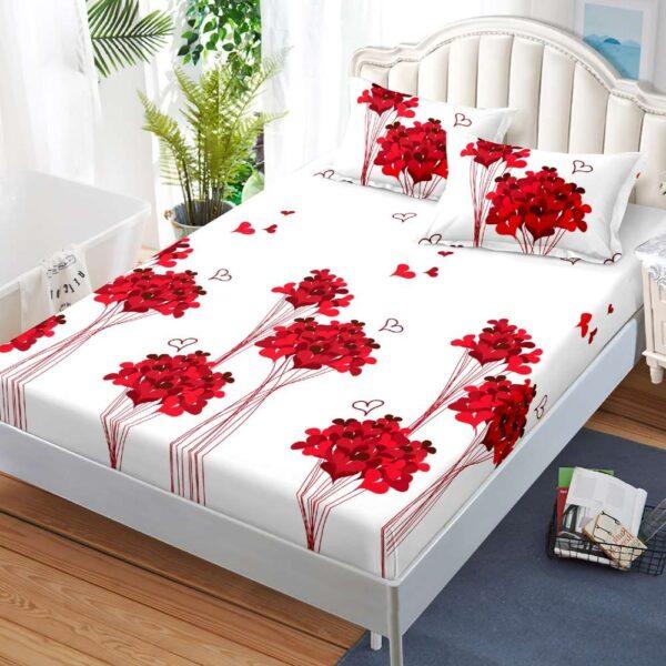 husa de pat cu elastic alba cu inimioare rosii