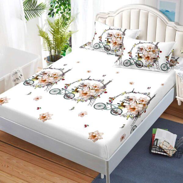 husa de pat cu elastic si fete de perna alba cu flori