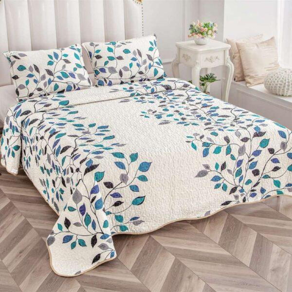 set cuvertura de pat alba cu flori