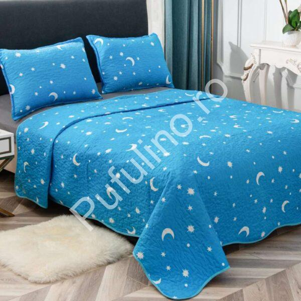 set cuvertura de pat albastra luna si stele