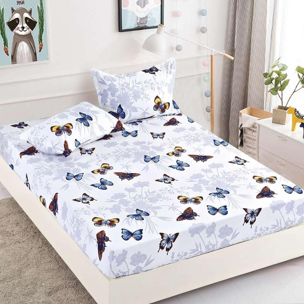 set husa de pat si perne alba cu fluturi colorati
